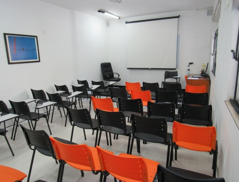 Sala de Treinamento Preço em Cerqueira César - Locação de Sala de Treinamento por Período
